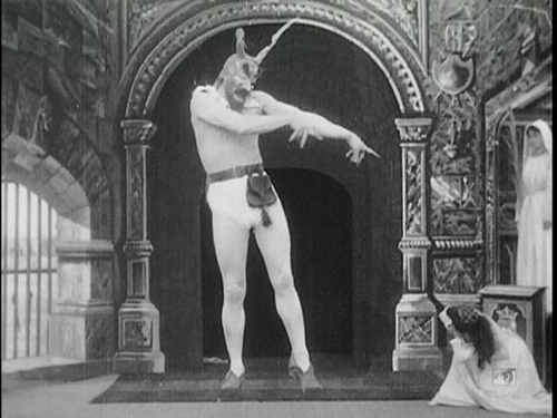 Joseph Owen explores the camera apparatus in three early silent shorts.